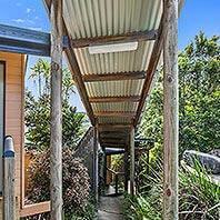 The Garden Room |   Sunshine Coast Hinterland  | Luxury accommodation with all the facilities